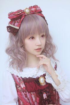 Cute Kawaii Red Lolita Dress / Headband / Lolita Girl / Fashion Photography / Cosplay  // ♥ More at: https://www.pinterest.com/lDarkWonderland/