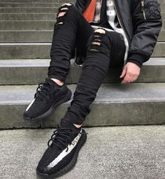 Featuring the Adidas Yeezy Boost 350 Oreo. Milan Fashion Weeks, New York Fashion, Teen Fashion, Fashion Models, Womens Fashion, Fashion Trends, Outfits Hombre, Tomboy Outfits, Casual Outfits