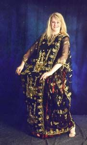 Thobe Al Nasha'ar or Khaleegy Dress. great for costume changes as it can be worn over another costume.
