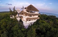 Watamu Guest house, Watamu, Kenya. Watamu Treehouse is situated on one of the most picturesque stretches of Watamu beach. Built high in the trees, its unique architecture provides a 360 degree panorama of the Indian Ocean coastline on one side and native forest on the other.