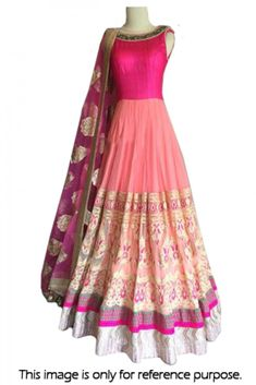 Bollywood Style Model Net and Silk Suit In Peach and Pink Colour Bollywood Lehenga, Bollywood Dress, Bollywood Fashion, Party Wear Sarees, Party Gowns, Designer Gowns, Indian Designer Wear, Engagement Dress For Bride, Lehnga Dress