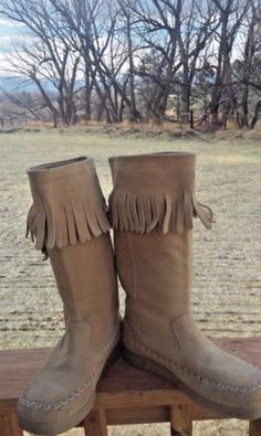 Report-Tan-Fringed-Suede-Leather-Women-039-s-Boots-W-flat-Soles-Size-7-M