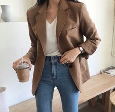 140 street style inspiration to try when you truly hate your closet page 21 - In Style - Mode Mode Outfits, Korean Outfits, Fall Outfits, Casual Outfits, Fashion Outfits, Fashion Trends, Blazer Outfits, Tomboy Outfits, Blazer Fashion