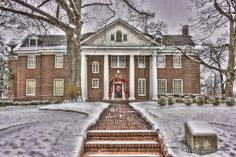 The Psi chapter of Chi Omega at the University of Arkansas in winter.