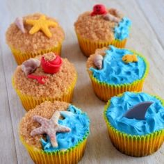 How to make cupcakes in beach theme (in Dutch).