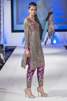 Shazia Kiyani presented formal luxurious chic collection at Pakistan Fashion Extravaganza Collection, London, Pakistani Formal Dresses, Pakistani Bridal Wear, Pakistani Outfits, Indian Dresses, Indian Outfits, Pakistani Couture, Latest Pakistani Fashion, Asian Fashion, Classy Outfits