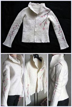 """White seamless felt jacket """"Sakura"""""""