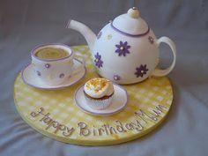 The Vintage Bake Queen: Teapot Cakes