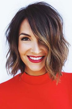 Bob Cuts Waves Those who think that there is nothing that Short Haircuts Bob Cuts Waves wavyhair Mens Hairstyles 2018, Short Hairstyles For Thick Hair, Medium Bob Hairstyles, Hairstyles Haircuts, Short Hair Cuts, Short Hair Styles, Bob Haircuts, Thick Short Hair, Shaved Hairstyles