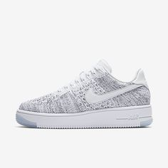 Billedresultat for nike air force 1 flyknit low Nike Air Force Ones, Air Force 1, Kicks Shoes, On Shoes, Black Shoes, Shoes Style, Air Max Sneakers, Best Sneakers, Nike Studio Wrap