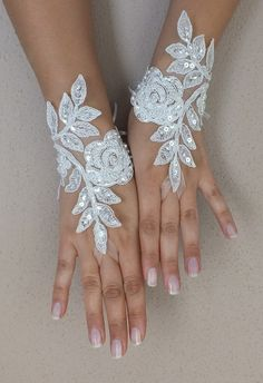 Ivory Wedding Glove, ivory lace gloves, Fingerless Glove, embroidered with pearls bridal gloves, french lace gloves