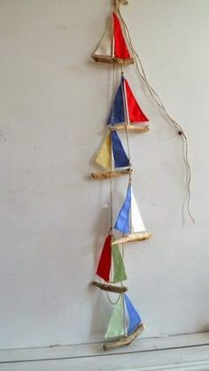Diente de leonón Sea pebblesDiente de leonón Sea pebblesThese Driftwood trees and shrubs on canvas can make an ideal product for the Coastal decor fan, wethThese Driftwood trees and shrubs on canvas can make an Sea Crafts, Diy And Crafts, Arts And Crafts, Kids Crafts, Nautical Bunting, Nautical Theme, Nautical Design, Nautical Interior, Driftwood Projects