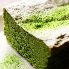 Matcha cake recipe in Japanese Easy Sweets, Sweets Recipes, Cake Recipes, Cooking Recipes, Japanese Cake, Japanese Sweets, Green Tea Dessert, Peanut Butter Snacks, Matcha Cake
