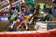 VIDEO. 2014 AMA Supercross Rd 1 Anaheim 1 – 250 Main Event - See more at: http://zonaenduro.ro/video-2014-ama-supercross-rd-1-anaheim-1-250-main-event/#sthash.CU83pTJf.dpuf