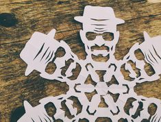 DIY Breaking Bad Heisenberg Paper Snowflake Design | Geekologie