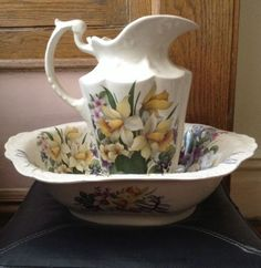 DECORATIVE PITCHER AND WASH BASIN BOWL SET- STAFFORDSHIRE, ENGLAND.