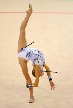 Olga Kapranova (Russia) #rhythmic #gymnastics #clubs