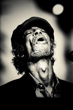 Gil Scott-Heron (04/1949 - 05/2011) An American Soul & Jazz poet.