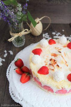 köstliches Sommer-Rezept: Erdbeer-Kokos-Torte mit Rafaello