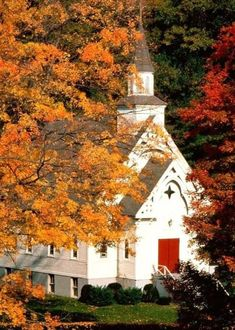 The old country church in the beauty of autumn.  It doesn't get any better than that.  I thing the old country churches are so wonderful, look inviting, and are kept up nicely