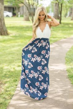 Embrace your Boho chic aesthetic in boutique maxi dresses that are effortlessly stylish. Uncover an assortment of fashionable, funky dresses at Pink Lily. Dress Outfits, Girl Outfits, Fashion Dresses, Cute Outfits, Funky Dresses, Summer Dresses, Summer Clothes, Boutique Maxi Dresses, Pink Lily