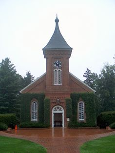 Lee Chapel in Lexington Virginia Lexington Virginia, Virginia Usa, Take Me To Church, Old Churches, Chapelle, Temples, Gazebo, Prayer, Outdoor Structures
