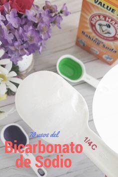 El bicarbonato de sodio es un compuesto químico que aparece como un polvo fino. Se libera burbujas de dióxido de carbono cuando interactúa con un ácido y un líquido…