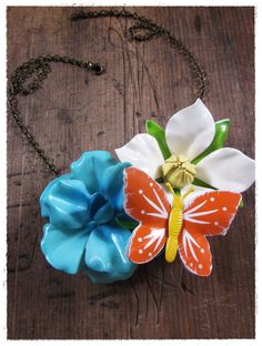 the get happy necklace. upcycled vintage jewelry by bee vintage redux.