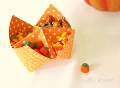 Recreate Childhood Fun with These Origami Paper Fortune Teller Treat Containers Thanksgiving Food List, Thanksgiving Appetizers, Fall Food, Turkey Cheese Ball, Jar Lid Crafts, Cricut Christmas Cards, Chocolate Turkey, Canned Apple Pie Filling, Fortune Teller