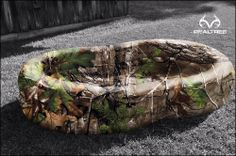 is teaming up with Realtree? to offer both Realtree Xtra? Green and Realtree camo swimming pools, available soon!