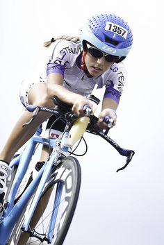 Women Triathlon. Bicycles Love Girls. http://bicycleslovegirls.tumblr.com/