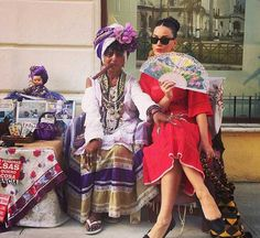 Katy Perry shared couple of colourful images with her Instagram followers on Thursday (October 22, 2015) from her recent trip to Havana, Cuba....