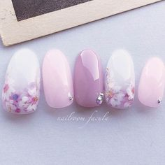 15 Wedding Nail Art Designs For Brides – My hair and beauty Korean Nail Art, Korean Nails, Asian Nail Art, Trendy Nails, Cute Nails, Nail Art Designs, Japan Nail, Asian Nails, Gel Nagel Design