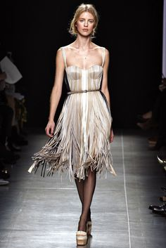 Bottega Veneta Spring 2013 Ready-to-Wear Fashion Show - Julia Frauche