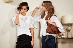 Discover a wide range of exclusive Chloé Marcie bags for women. Chloe Handbags, Suede Handbags, Chloe Marcie Bag, Chloe Fashion, Discount Shopping, Designer Handbags, Ruffle Blouse, Style Inspiration, My Style