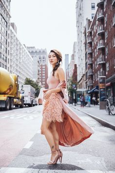 How to Use Fashion Week As A Networking Opportunity // Notjessfashion.com // feather skirt, new york fashion week street style, street style fashion week, nyfw ss18