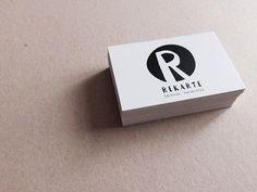 Imagen de marca y diseño de tarjetas de visita para Cárnicas Recarte.