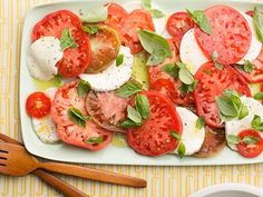 At it's core, caprese is an Italian salad composed of fresh mozzarella cheese, juicy tomatoes, basil and a little bit of olive oil. While the classic is something we never get sick of, we're also … Caprese Salad Recipe, Chicken Salad Recipes, Food Network Recipes, Cooking Recipes, Healthy Recipes, Veggie Recipes, Easy Recipes, Potluck Recipes, Chef Recipes