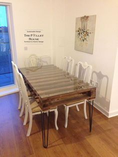 Dining Room Table Made of Salvage Pallet (now I know what to do with the piece of glass I have!)