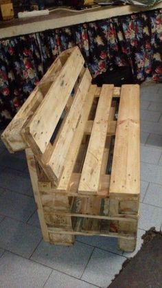 Outdoor Pallet 792492865666773501 - Source by Pallet Furniture Designs, Pallet Garden Furniture, Wooden Pallet Projects, Diy Outdoor Furniture, Pallet Crafts, Pallet Ideas, Palet Projects, Painted Furniture, Furniture Ideas