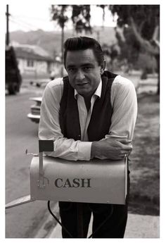 Johnny Cash June Carter, Johnny And June, Country Music Stars, Country Music Singers, Beatles, Musica Country, Americana Music, Rock N Roll, The Man