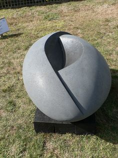 Amazing sculpture by Jocelyn Pratt
