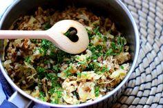 Cooking with Šůša : Pohanka se zelím a uzeným tofu Lunch Recipes, Healthy Recipes, Healthy Food, Tofu, Quinoa, Risotto, Grains, Food And Drink, Rice