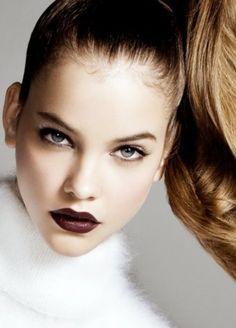Fall make up - Barbara Palvin Barbara Palvin, Beauty Make-up, Beauty Hacks, Hair Beauty, Beauty Secrets, Beauty Shots, Winter Make-up, Dark Winter, Sexy Make-up