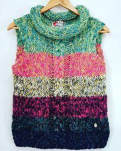 Shadow Knitting Sock Yarn Shawl pattern by Kimberly Gintar Diy Crafts Knitting, Knitting For Kids, Baby Knitting, Knit Vest Pattern, Sweater Knitting Patterns, Knitting Magazine, Knit Leg Warmers, Knit Crochet, Couture