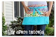 Add a zip pocket Utility Apron Tutorial ~ Sugar Bee Crafts Great for vendors, teachers, crafters, etc. Lots of pockets and lots of cute. I will be making at least a couple of these for the craft booth. Sewing Hacks, Sewing Tutorials, Sewing Crafts, Sewing Projects, Fair Projects, Sewing Diy, Sewing Ideas, Apron Pattern Free, Half Apron Patterns