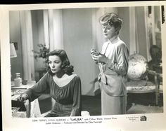 Laura 1944 - Gene Tierney as Laura Hunt and Judith Anderson as her aunt Ann Treadwell. Ann, who's in love with Shelby Laura's fiance discusses why she is better for Shelby played by Vincent Price than Laura Gene Tierney, Laura Movie, I Movie, Movie Stars, Vincent Price, Best Film Noir, Laura 1944, 20th Century Fox, Dana Andrews