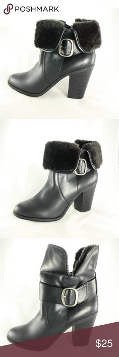 New CROFT & BARROW Leather Faux Fur Collar Booties New, never worn black leather booties with faux fur collar that can be worn down or up as seen in the pictures.  Size 9 croft & barrow Shoes Ankle Boots & Booties