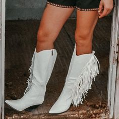 The Sinatra's White Fringe Boots – Baha Ranch Western Wear White Cowgirl Boots, Fringe Cowboy Boots, Black Suede Boots, White Boots, Black Faux Leather, Head Over Boots, Fringe Pants, Band Outfits, Fall Shoes