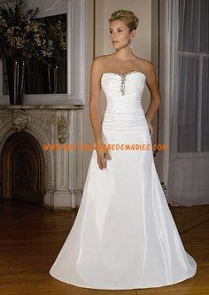 Robe de mariée princesse blanche en taffetas